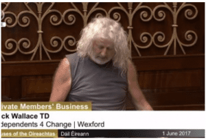 Mick Wallace in the Dáil in 2017 (Source: DailyEdge.ie)
