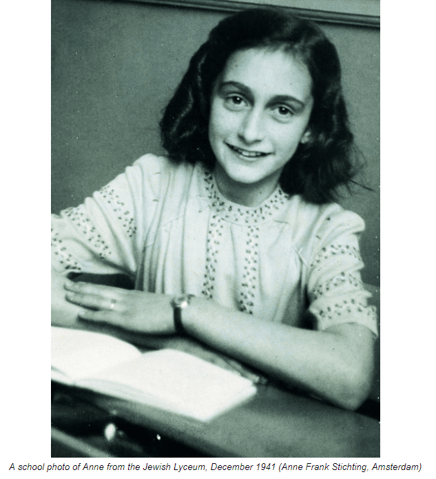 A school photo of Anne from the Jewish Lyceum, December 1941 (Anne Frank Stichting, Amsterdam)
